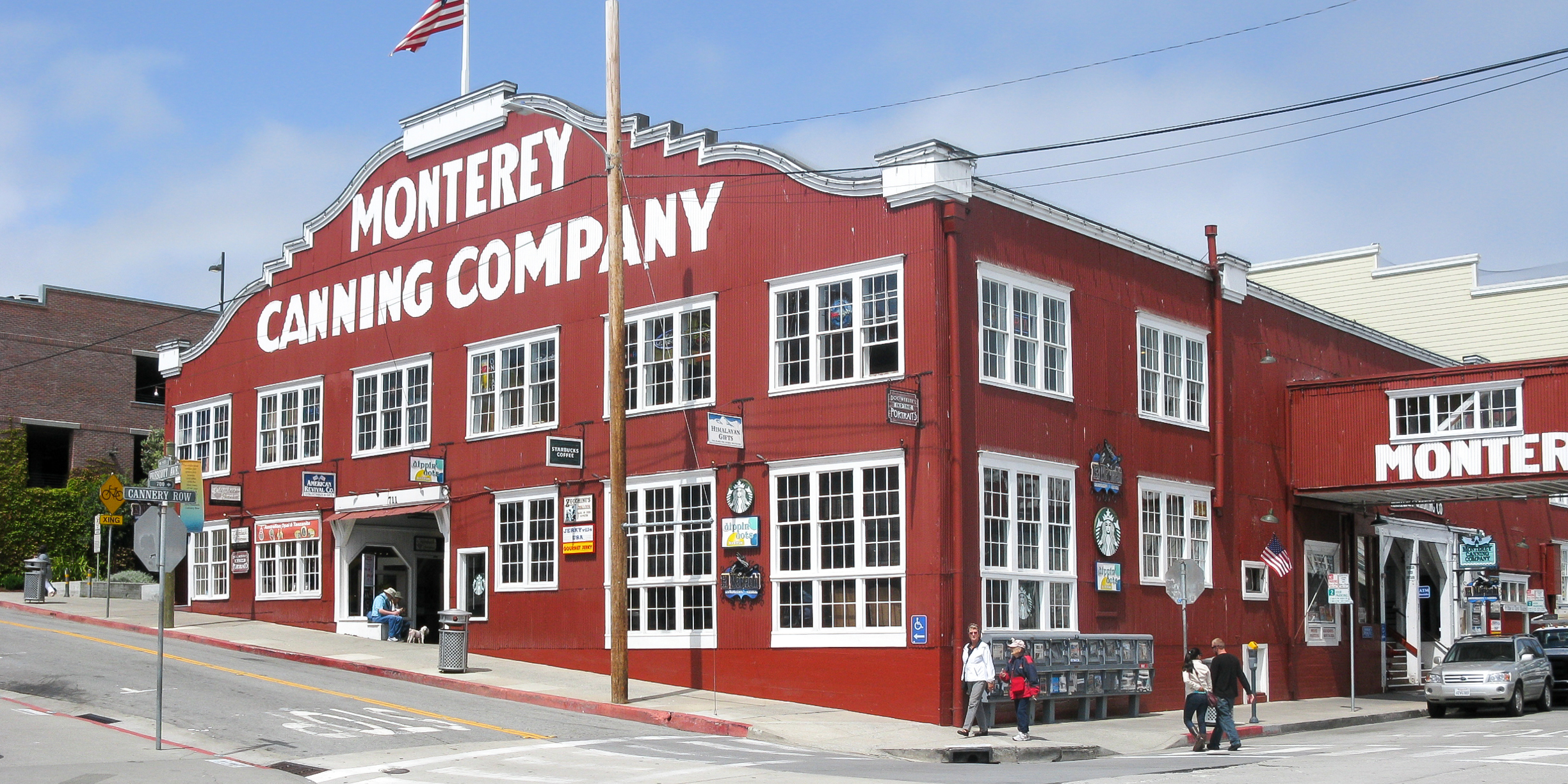 What To Do See And Eat On Cannery Row In Monterey Ca Via