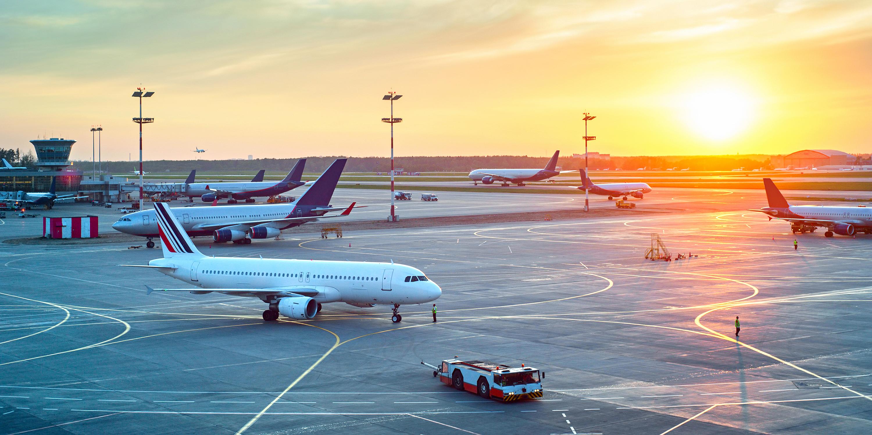 Should You Apply for TSA PreCheck or Global Entry? | Via